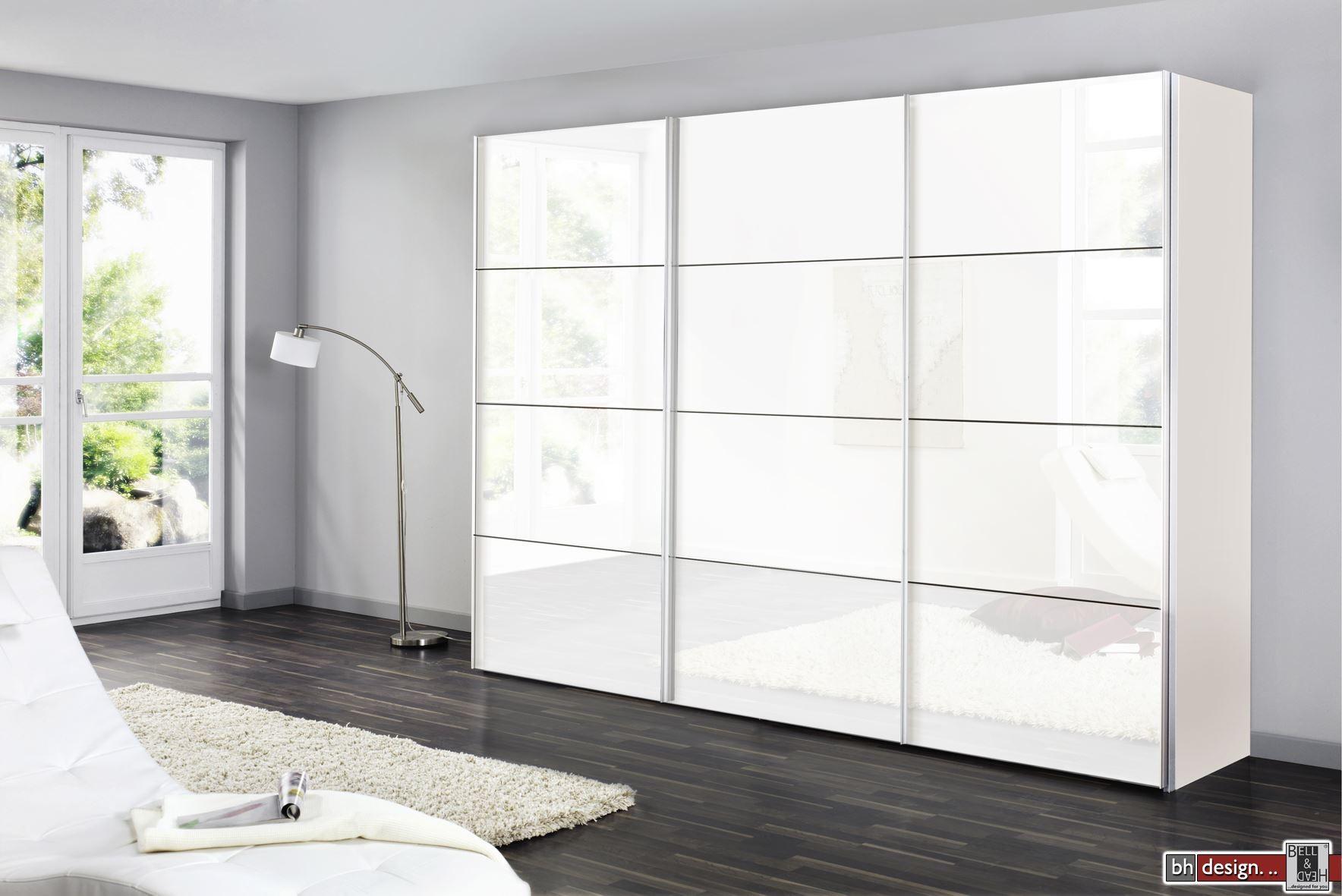 express m bel schwebet renschrank four you lackfront weiss 150 cm bis 300 cm h he 216 cm. Black Bedroom Furniture Sets. Home Design Ideas
