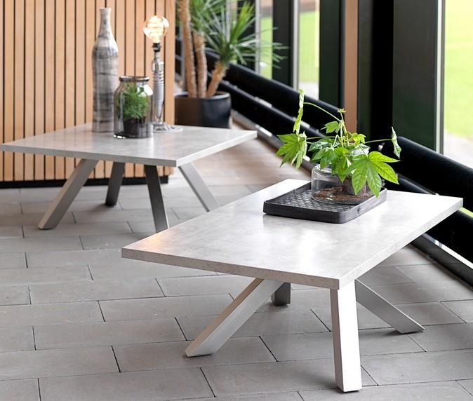 stone line couchtisch granitz by canett design. Black Bedroom Furniture Sets. Home Design Ideas