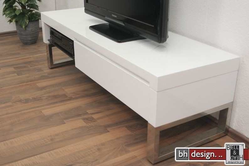metis tv tisch hochglanz weiss powered by bell head preiswerte versandkosten innerhalb de. Black Bedroom Furniture Sets. Home Design Ideas