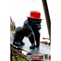 Skulptur Crazy Gorilla schwarz mit Hut by Crazy Zoo 30 x H 60 x T 50 cm
