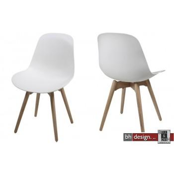 Scramble Designstuhl aus hochwertigem Kunststoff in Weiss, alternativ Schwarz Gestell Massiv Eiche