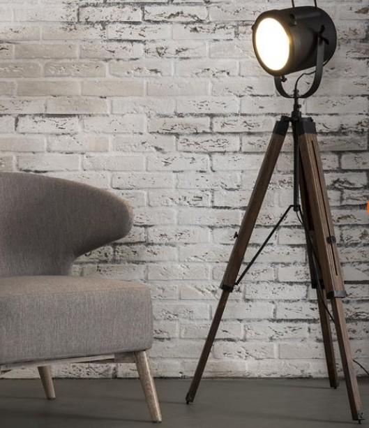 studio line stehlampe vintage look verstellbar mit stahllampenschirm und holzbeinen schwarz 67. Black Bedroom Furniture Sets. Home Design Ideas